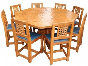 PETER RABBITMAN HEAP OF WETWANG OCTAGONAL DINING SUITE WITH 8 LATTICE BACK CHAIRS 1