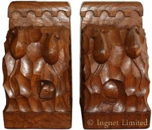 ROBERT MOUSEMAN THOMPSON A PAIR OF VINTAGE CARVED TRIPLE MICE BOOKENDS