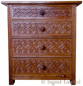 ROBERT MOUSEMAN THOMPSON EARLY CHEST OF DRAWERS 1