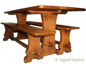 MARTIN LIZARDMAN DUTTON OAK DINING TABLE WITH A PAIR OF OAK BENCHES 1