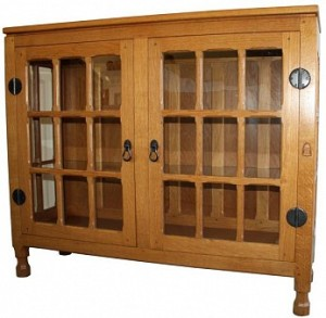 YORKSHIRE OAK DISPLAY CABINET BY HORACE KNIGHT 1