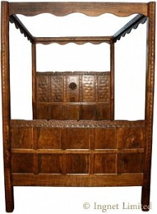 THOMAS GNOMEMAN WHITTAKER TESTER FOUR POSTER OAK BED 1