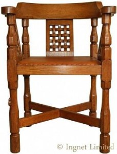 ROBERT MOUSEMAN THOMPSON VINTAGE OAK MONKS CHAIR 1