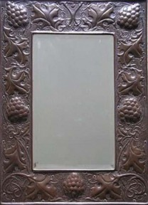 KESWICK SCHOOL OF INDUSTRIAL ART KSIA A RARE AND FINE ARTS & CRAFTS COPPER MIRROR BY WILLIAM HENRY MAWSON