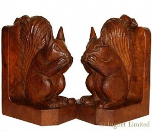 ROBERT MOUSEMAN THOMPSON RARE EARLY PAIR OF BOOKENDS WITH CARVED SQUIRRELS 1