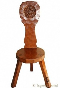 THOMAS GNOMEMAN WHITTAKER ADZED OAK SPINNING STOOL WITH CARVED YORKSHIRE ROSE CARVING