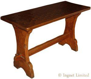 A Gnomeman Table